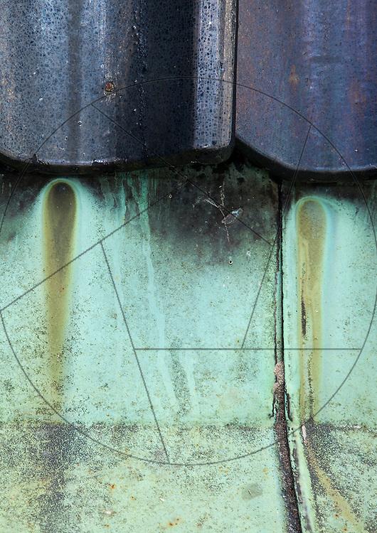Vor Frelser Kirke, København, udskiftning af kobbertag, kobber skotrende, spor af vand på kobber, irret kobber, irring