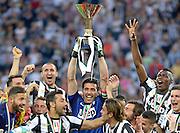 © Filippo Alfero<br /> Juventus vs Cagliari - Serie A 2012 / 2013 e assegnazione Coppa dello Scudetto<br /> Torino, 11/05/2013<br /> sport calcio<br /> Nella foto: Gianluigi Buffon alza la coppa dello Scudetto