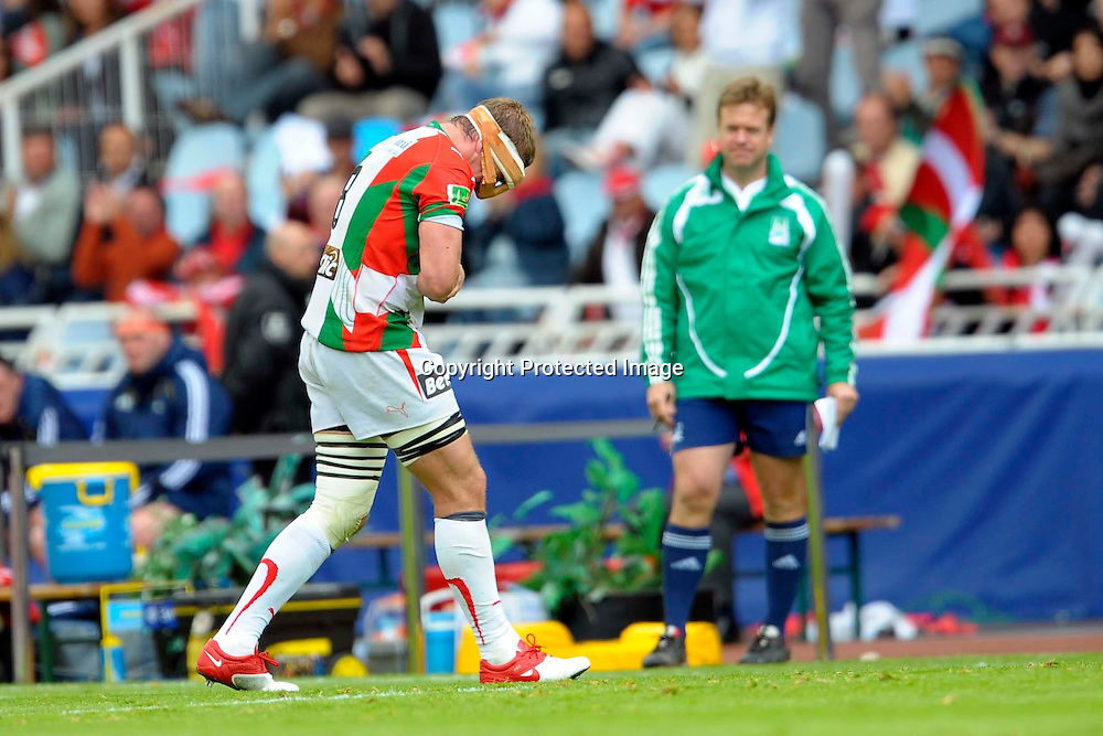 Rugby: Biarritz / Munster - 1/2Finale H Cup - 02.05.2010 - sortie sur blessure d Imanol Harinordoquy