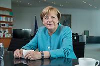23 AUG 2017, BERLIN/GERMANY:<br /> Angela Merkel, CDU, Bundeskanzlerin, waehrend einem Interview, in Ihrem Buero, Bundeskanzleramt<br /> IMAGE: 20170823-02-003<br /> KEYWORDS: B&uuml;ro