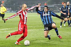23.02.2011, Giuseppe Meazza, Mailand, ITA, UEFA CL Achtelfinale, Inter Mailand (ITA) vs Bayern Muenchen (GER), im Bild  Arjen Robben (Bayern #10) und Christian Chivu (Mailand #26) , EXPA Pictures © 2011, PhotoCredit: EXPA/ nph/  Straubmeier       ****** out of GER / SWE / CRO  / BEL ******