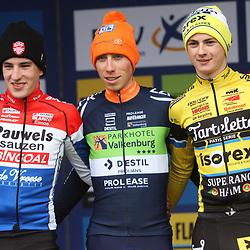 01-11-2019: Wielrennen: DVV trofee Veldrijden: Koppenberg: Jens Dekker wint de Koppenbergcross bij de U23 voor Ryan Kamp.