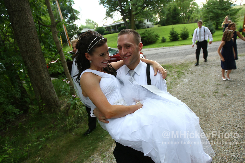 Wedding photography of Summer Stout and Carl Fine wedding in Sharon, Indiana..Photo by Michael Hickey, wedding photographer