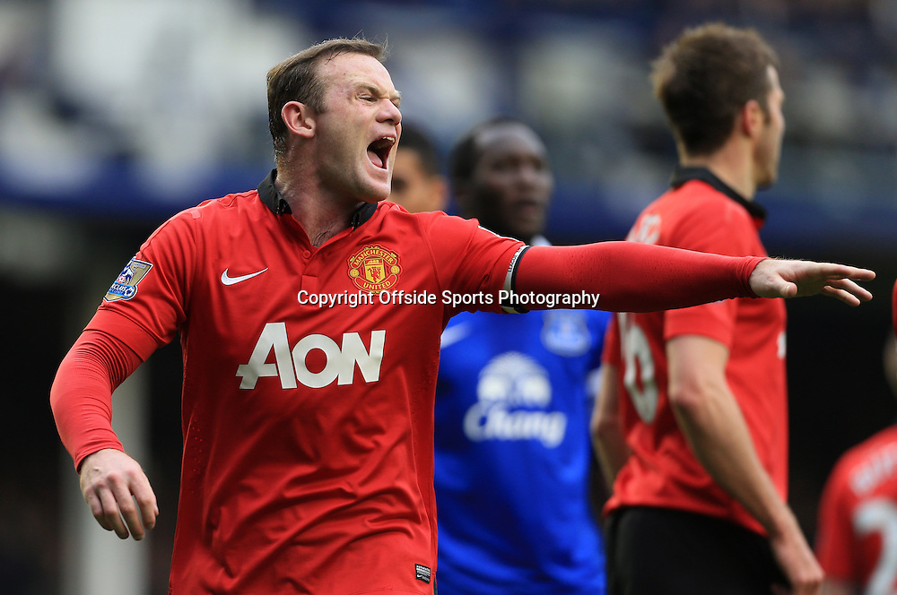20th April 2014 - Barclays Premier League - Everton v Manchester United - Wayne Rooney of Man Utd shouts instructions - Photo: Simon Stacpoole / Offside.