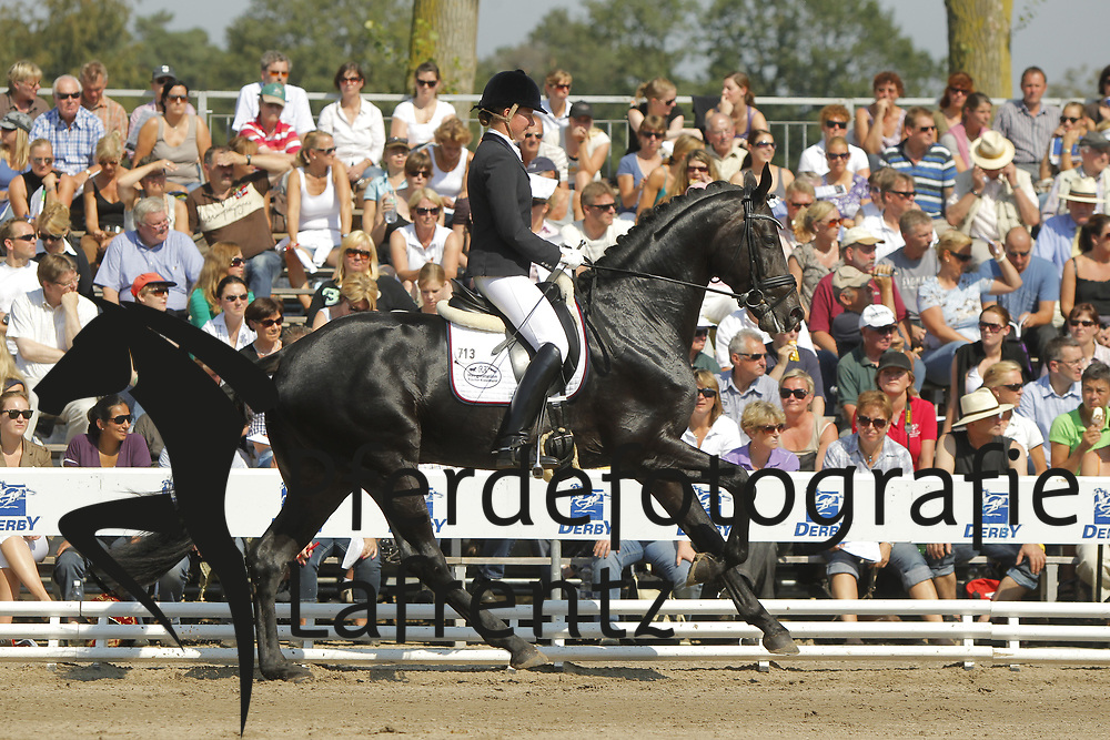 SCHULZE TOPPHOFF Karin, Rocky Lee 2<br /> Warendorf Bundeschampionate - 2011<br /> <br /> (c) www.sportfotos-Lafrentz. de/Stefan Lafrentz