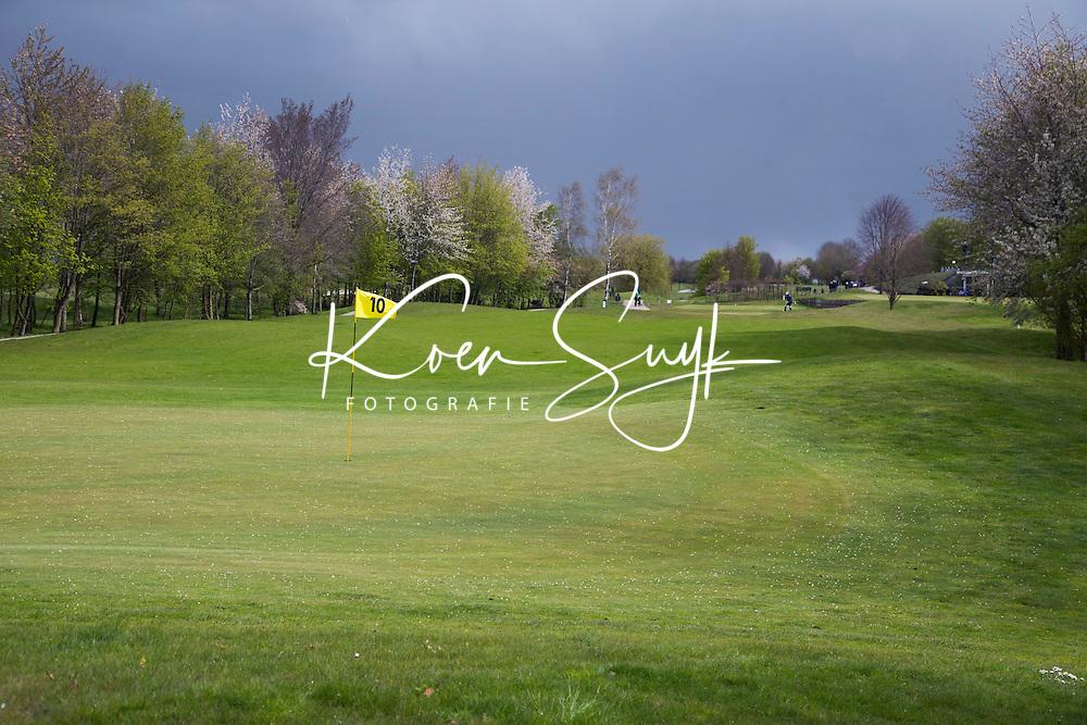 WILNIS - Hole 10. Golfbaan Golfpark Wilnis. COPYRIGHT KOEN SUYK