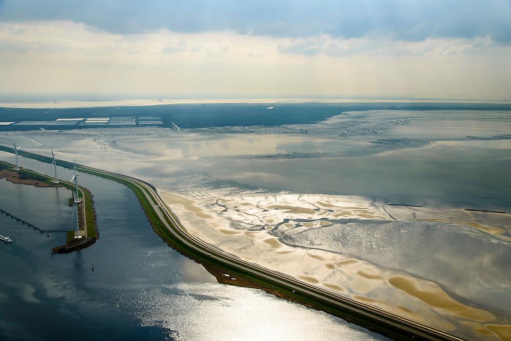 Nederland, Zeeland, Oosterschelde, 01-04-2016; Oesterdam gezien met in de voorgrond Schelde-Rijnverbinding, gezien naar Zuid-Beveland. Verdronken Land van Zuid-Beveland direct naast de dam.<br /> De dam is een compartimenteringsdam en scheidt het zoute water van de Oosterschelde (links) van het zoete water van het  Zoommeer<br /> Oesterdam, division between salt and sweet water, part of the Delta Works.<br /> <br /> luchtfoto (toeslag op standard tarieven);<br /> aerial photo (additional fee required);<br /> copyright foto/photo Siebe Swart