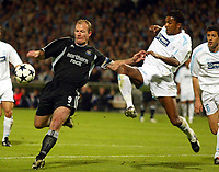 Photo: Scott Heavey, Digitalsport<br /> NORWAY ONLY<br /> <br /> Olimpique Marseille v Newcastle United. UEFA Cup Semi Final, Second Leg. 06/05/2004.<br /> Alan Shearer strikes ahead of Habib Beye