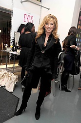 KELLY HOPPEN at a party to celebrate the launch of the Bobbi Brown Makeup Manual held at the Getty Images Gallery, 46 Eastcastle Street, London W1 on 29th January 2009.