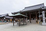 Templet Konzō-ji. Nummer 76.<br /> <br /> Pilgrimsvandring till 88 tempel p&aring; japanska &ouml;n Shikoku till minne av den japanske munken Kūkai (Kōbō Daishi). <br /> <br /> Fotograf: Christina Sj&ouml;gren<br /> Copyright 2018, All Rights Reserved<br /> <br /> <br /> The Konzō-ji (金倉寺) temple. Temple number 76 at the Shikoku Pilgrimage, 88 temples associated with the Buddhist monk Kūkai (Kōbō Daishi) on the island of Shikoku, Naruto,Tokushima Prefecture, Japan