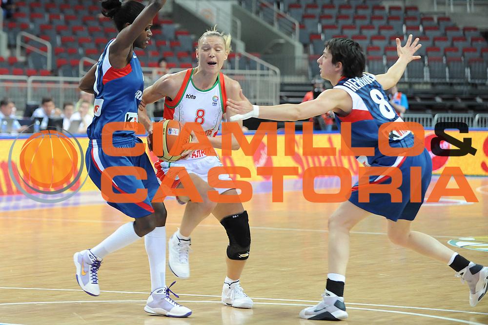DESCRIZIONE : Riga Latvia Lettonia Eurobasket Women 2009 Semifinal Bielorussia Francia Belarus France<br /> GIOCATORE : Sviatlana Volnaya<br /> SQUADRA : Bielorussia Belarus<br /> EVENTO : Eurobasket Women 2009 Campionati Europei Donne 2009 <br /> GARA : Bielorussia Francia Belarus France<br /> DATA : 19/06/2009 <br /> CATEGORIA : penetrazione<br /> SPORT : Pallacanestro <br /> AUTORE : Agenzia Ciamillo-Castoria/M.Marchi<br /> Galleria : Eurobasket Women 2009 <br /> Fotonotizia : Riga Latvia Lettonia Eurobasket Women 2009 Semifinal Bielorussia Francia Belarus France<br /> Predefinita :