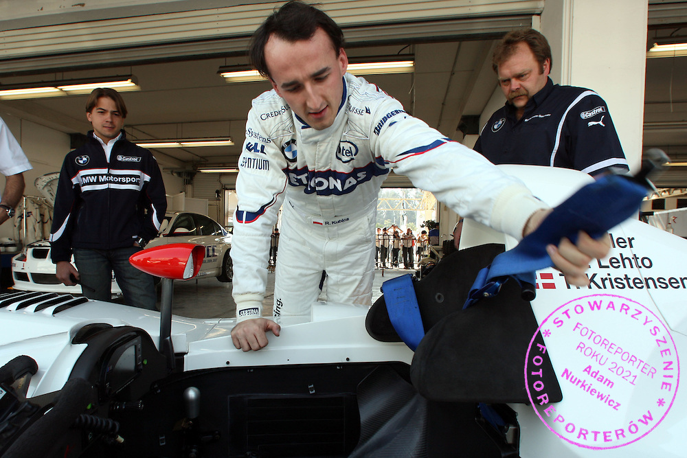 07.12.2008 Mexico City, Mexico, .Robert Kubica (POL),  BMW Sauber F1 Team gets as a birthday present a drive in the BMW V12 LMR, Formula BMW World Final 2008 at the Autodromo Hermanos Rodríguez, 4th-7th of December 2008 .FOT. XPB.CC / WROFOTO.*** poland only !!! ***.*** NO INTERNET / MOBILE USAGE !!! ***