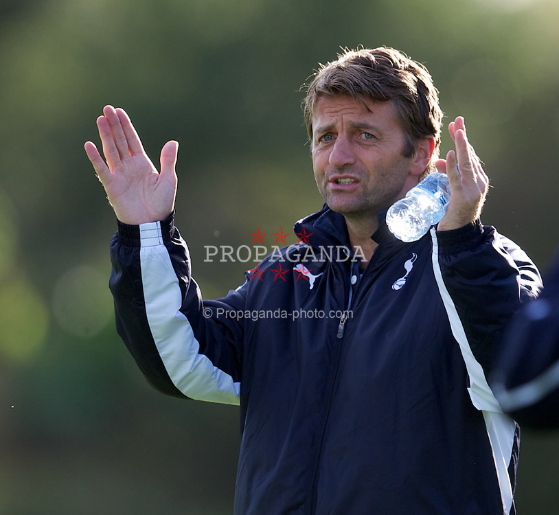 LONDON, ENGLAND - Wednesday, October 19, 2011: Tottenham Hotspur's coach Tim Sherwood during the NextGen Series Group 4 match against PSV Eindhoven at the Spurs Lodge. (Pic by David Rawcliffe/Propaganda)