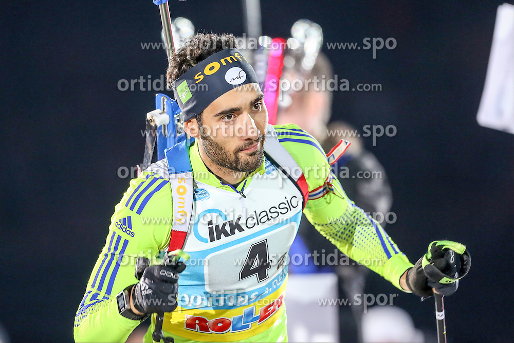 28.12.2015, Veltins Arena, Gelsenkirchen, GER, IBU Weltcup Biathlon, auf Schalke, im Bild Martin Fourcade (Frankreich/FR) // during the IBU Biathlon World Cup at Veltins Arena in Gelsenkirchen, Germany on 2015/12/28. EXPA Pictures &copy; 2015, PhotoCredit: EXPA/ Eibner-Pressefoto/ Kohring<br /> <br /> *****ATTENTION - OUT of GER*****
