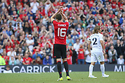 Manchester United 08 XI Michael Carrick applauds the fans during the Michael Carrick Testimonial Match between Manchester United 2008 XI and Michael Carrick All-Star XI at Old Trafford, Manchester, England on 4 June 2017. Photo by Phil Duncan.