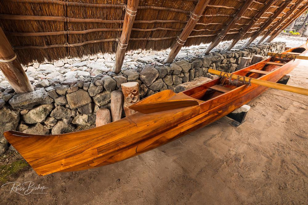 Outrigger canoe at Pu'uhonua O Honaunau National Historic Park (City of Refuge), Kona Coast, Hawaii USA
