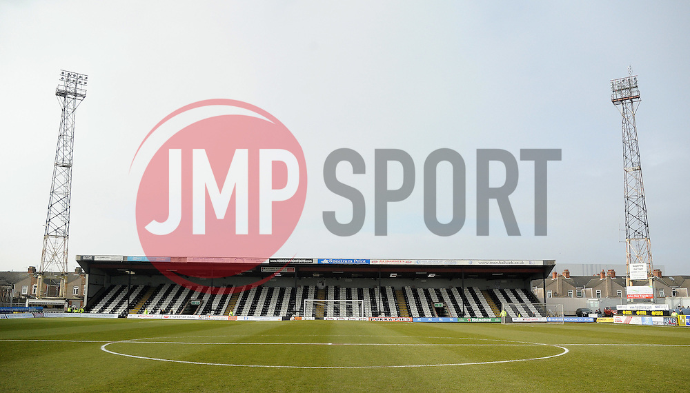 Blundell Park , Grimsby - Photo mandatory by-line: Neil Brookman/JMP - Mobile: 07966 386802 - 14/02/2015 - SPORT - Football - Cleethorpes - Blundell Park - Grimsby Town v Bristol Rovers - Vanarama Football Conference