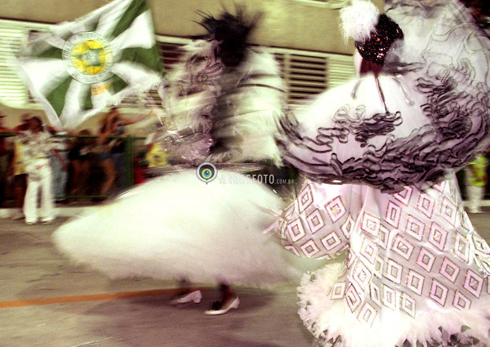 Porta bandeiras e mestre salas da Mocidade Independente de Padre Miguel, desfile das escolas de samba do Rio de Janeiro