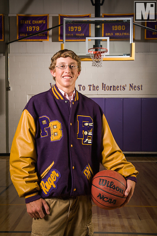 Ruger Eastman's Senior Portraits in Pine Bluffs, Wyoming.