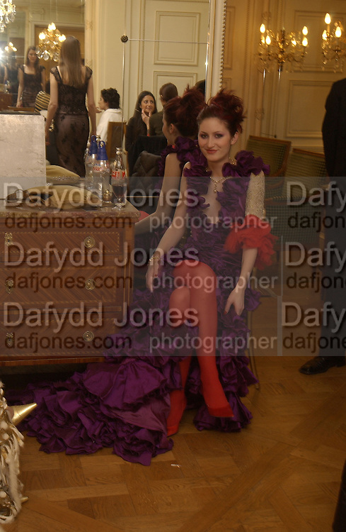 Alexis Tennessee Hamilton. Crillon Debutantes Ball 2002. Paris. 7 December 2002. © Copyright Photograph by Dafydd Jones 66 Stockwell Park Rd. London SW9 0DA Tel 020 7733 0108 www.dafjones.com
