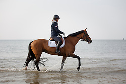 Hough Lauren, (USA), Ohlala  relaxing at the beach<br /> Furusiyya FEI Nations Cup presented by Longines <br /> La Baule 2016<br /> &copy; Hippo Foto - Dirk Caremans<br /> 14/05/16