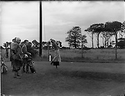 21/07/1962<br /> 07/21/ 1962<br /> 21 July 1962<br /> Woodbrook Irish Hospitals' Golf Tournament at Woodbrook Golf Course, Dublin, Saturday. B.W. Devlin (Australia) drives off the 2nd tee. He had a score of 68 on the Friday.