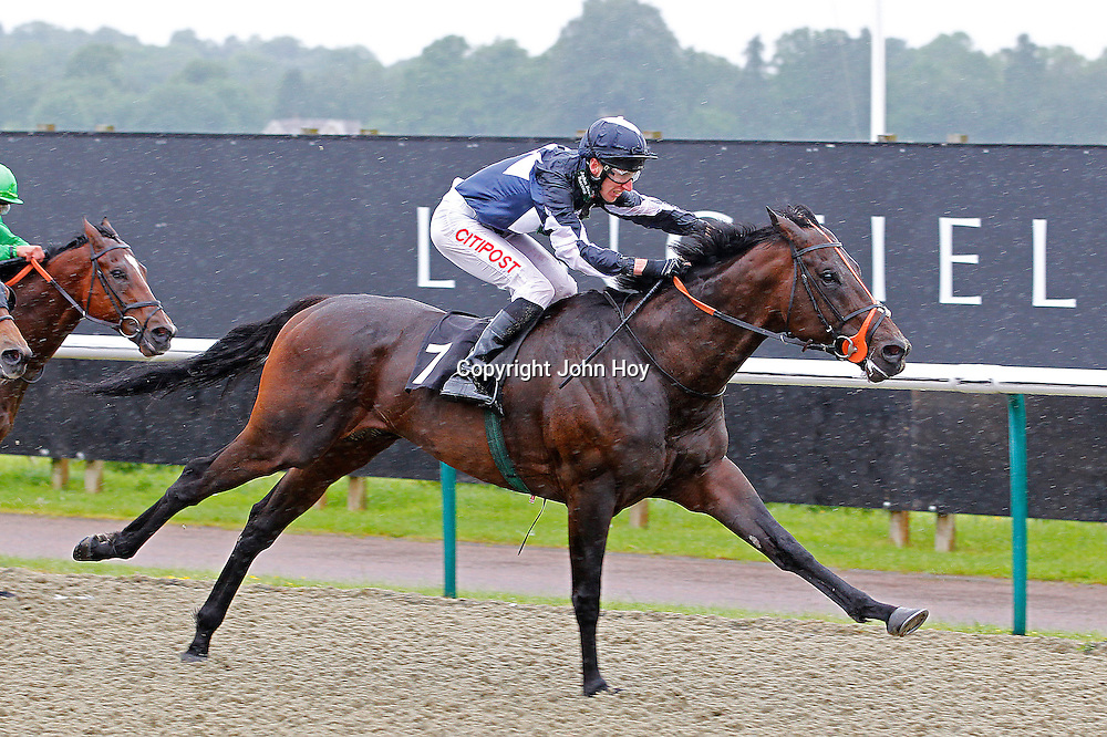 Fearless Lad and George Baker winning the 3.10 race