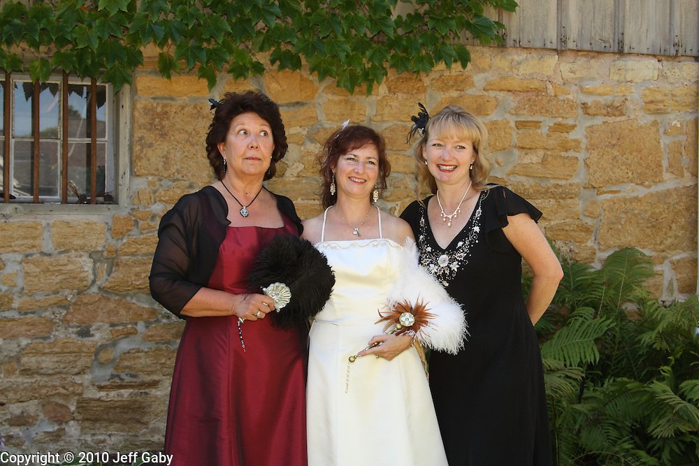 Wedding photographs from Stacy DeHaven and Rich Darrow's Wedding on August 28th, 2010