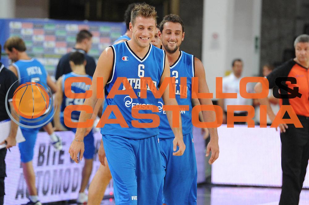DESCRIZIONE : Rimini Trofeo Tassoni Italia Bosnia Italy Bosnia<br /> GIOCATORE : Stefano Mancinelli Marco Belinelli<br /> CATEGORIA : Ritratto<br /> SQUADRA : Nazionale Italia Uomini <br /> EVENTO : Trofeo Tassoni<br /> GARA : Italia Bosnia<br /> DATA : 12/08/2011<br /> SPORT : Pallacanestro<br /> AUTORE : Agenzia Ciamillo-Castoria/GiulioCiamillo<br /> Galleria : Fip Nazionali 2011 <br /> Fotonotizia : Rimini Trofeo Tassoni Italia Bosnia Italy Bosnia<br /> Predefinita :