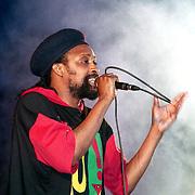 NLD/Huizen/19940603 - Huizpop 1994, Winfried Kicken, zanger Roots Syndicate