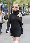 Tatiana Korsakova Street Style - LFW 2017