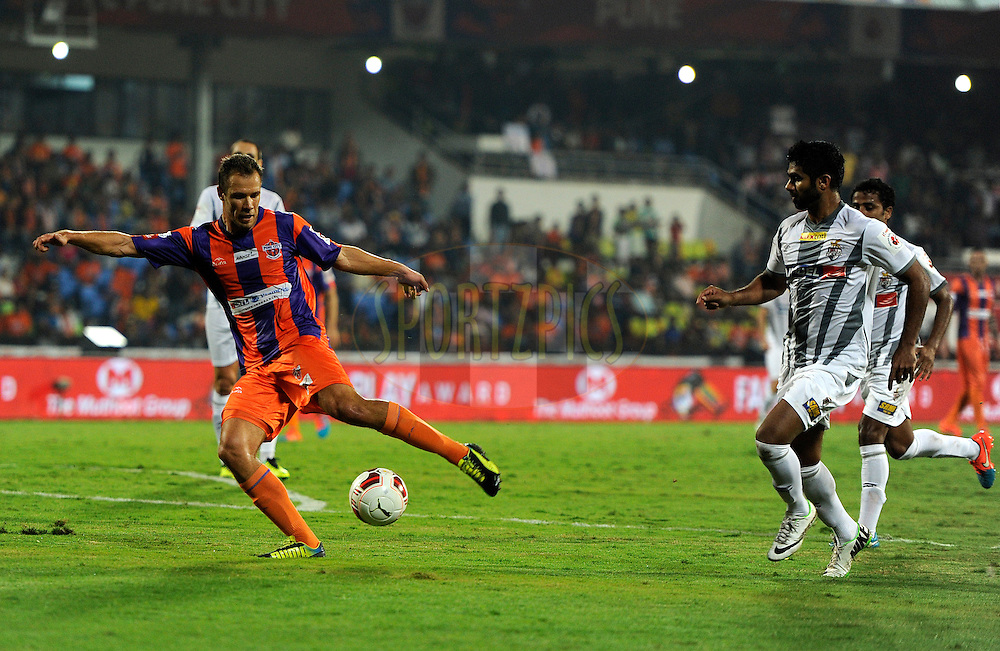 Krisztian Vadocz of Pune City in action during match 44 of the Hero Indian Super League between FC Pune City and Atletico de Kolkata FC held at the Shree Shiv Chhatrapati Sports Complex Stadium, Pune, India on the 29th November 2014.<br /> <br /> Photo by:  Pal Pillai/ ISL/ SPORTZPICS