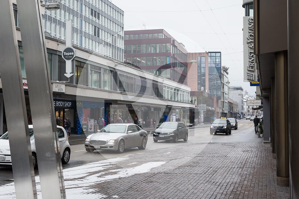 SCHWEIZ - ZUG - Bahnhofstrasse - 01. März 2018 © Raphael Hünerfauth - http://huenerfauth.ch
