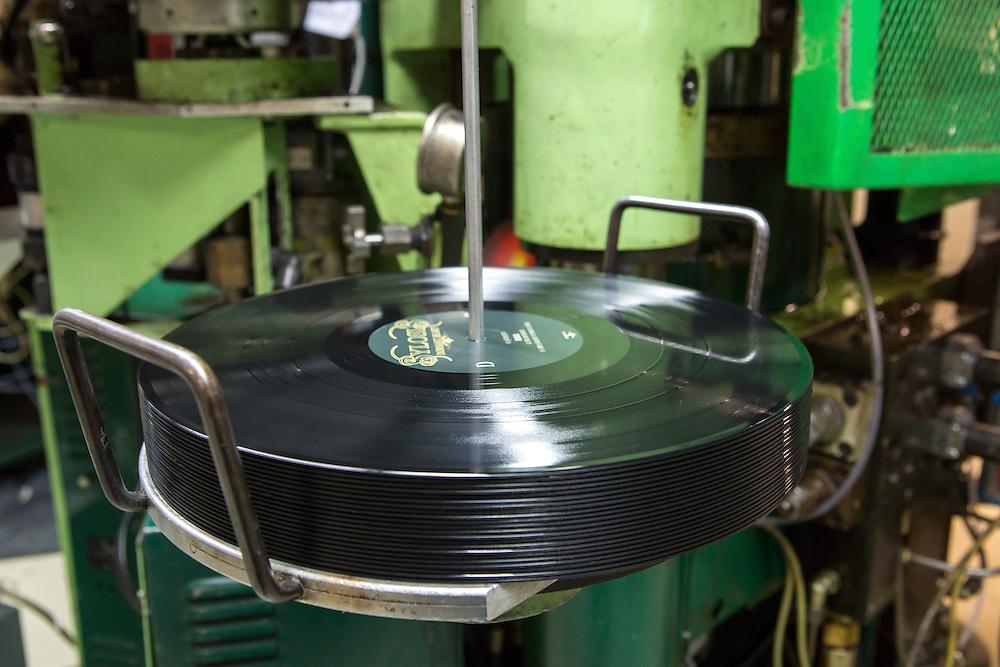 Germany - Deutschland - Optimal Media GmbH - Vinyl Schallplatten Pressung, Fertigung, Produktion; Vinyl Record Pressing - the biggest factory in Germany for record production; HERE:        Roebel, 11.12.14; © Christian Jungeblodt