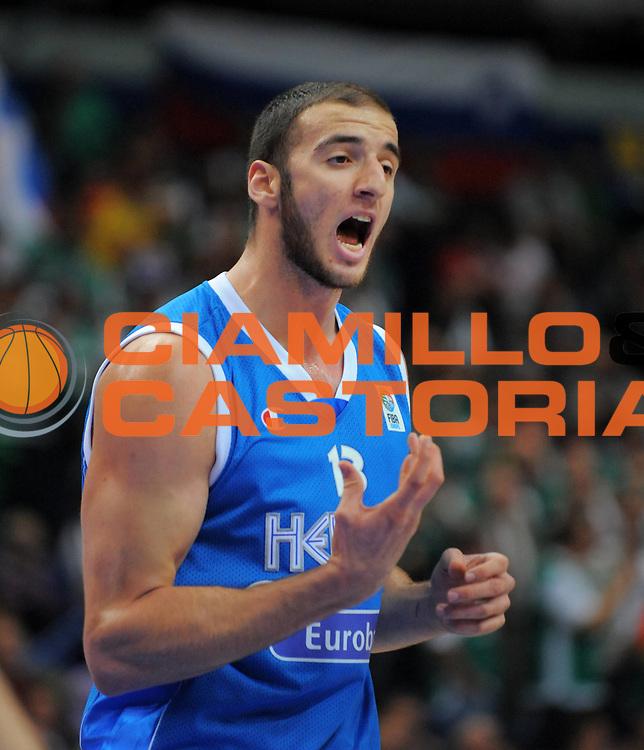 DESCRIZIONE : Vilnius Lithuania Lituania Eurobasket Men 2011 Second Round Slovenia Grecia Slovenia Greece<br /> GIOCATORE : Kostas Koufos <br /> SQUADRA : Grecia Greece<br /> EVENTO : Eurobasket Men 2011<br /> GARA : Slovenia Grecia Slovenia Greece<br /> DATA : 08/09/2011 <br /> CATEGORIA : ritratto<br /> SPORT : Pallacanestro <br /> AUTORE : Agenzia Ciamillo-Castoria/T.Wiendesohler<br /> Galleria : Eurobasket Men 2011 <br /> Fotonotizia : Vilnius Lithuania Lituania Eurobasket Men 2011 Second Round Slovenia Grecia Slovenia Greece<br /> Predefinita :