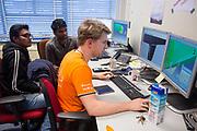 Studenten bekijken de aerodynamica van de VeloX 7. In september wil het Human Power Team Delft en Amsterdam, dat bestaat uit studenten van de TU Delft en de VU Amsterdam, tijdens de World Human Powered Speed Challenge in Nevada een poging doen het wereldrecord snelfietsen voor vrouwen te verbreken met de VeloX 7, een gestroomlijnde ligfiets. Het record is met 121,44 km/h sinds 2009 in handen van de Francaise Barbara Buatois. De Canadees Todd Reichert is de snelste man met 144,17 km/h sinds 2016.<br /> <br /> Iris Slappendel is riding in a VeloX for the first time as training. With the VeloX 7, a special recumbent bike, the Human Power Team Delft and Amsterdam, consisting of students of the TU Delft and the VU Amsterdam, also wants to set a new woman's world record cycling in September at the World Human Powered Speed Challenge in Nevada. The current speed record is 121,44 km/h, set in 2009 by Barbara Buatois. The fastest man is Todd Reichert with 144,17 km/h.