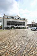 Ludwigshafen. 11.07.17   depotLU<br /> depotLU. In einem ehemaligen Stra&szlig;enbahndepot hat Investorin Birgit St&auml;rk neues Leben eingehaucht. Neben Exklusiven L&auml;den, gibt es Wohnungen und Firmenr&auml;ume.<br /> <br /> <br /> BILD- ID 0034  <br /> Bild: Markus Prosswitz 11JUL17 / masterpress (Bild ist honorarpflichtig - No Model Release!)