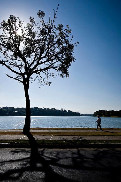Belo Horizonte_MG, Brasil..Lagoa da Pampulha em Belo Horizonte, Minas Gerais.. .The Pampulha lake, in Belo Horizonte, Minas Gerais...Foto: BRUNO MAGALHAES / NITRO