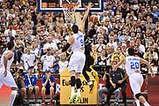 DESCRIZIONE : Berlino Berlin Eurobasket 2015 Group B Germany Germania - Italia Italy<br /> GIOCATORE : Dennis Schroeder<br /> CATEGORIA : Tiro Penetrazione Sottomano Controcampo<br /> SQUADRA : Germania Germany<br /> EVENTO : Eurobasket 2015 Group B<br /> GARA : Germany Italy - Germania Italia<br /> DATA : 09/09/2015<br /> SPORT : Pallacanestro<br /> AUTORE : Agenzia Ciamillo-Castoria/GiulioCiamillo