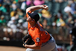 OAKLAND, CA - MAY 01: Will Harris #36 of the Houston Astros pitches against the Oakland Athletics during the eighth inning at the Oakland Coliseum on May 1, 2016 in Oakland, California. The Houston Astros defeated the Oakland Athletics 2-1. (Photo by Jason O. Watson/Getty Images) *** Local Caption *** Will Harris