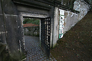 Karlovy Vary (Karlsbad)/Tschechische Republik, CZE, 14.12.06: Eingang zum Hauptfriedhof in Drahovice, Karlovy Vary (Karlsbad).<br /> <br /> Karlovy Vary (Karlsbad)/Czech Republic, CZE, 14.12.06: Entrance to the Central Cemetery in Drahovice, Karlovy Vary (Karlsbad).