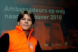 08-05-2009 ALGEMEEN: AMBASSADEURS OS 2010 VANCOUVER: ARNHEM<br /> NOC*NSF heeft vandaag tijdens een teambijeenkomst op Papendal met alle potentiele sporters voor Vancouver met trots de ambassadeurs van het Nederlands Olympisch Team en het Nederlands Paralympisch Team voor de spelen van Vancouver 2010 gepresenteerd / Kees-Jan van der Klooster (zitskien)<br /> ©2009-WWW.FOTOHOOGENDOORN.NL
