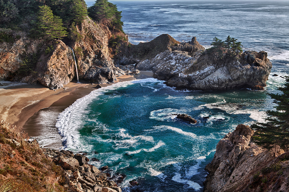 Pfeiffer State Beach Waterfall Overlook, CA - HDR