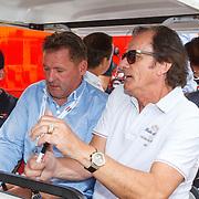 NLD/Zandvoort/20150628 - F1 demo Max Verstappen in de Toro Rosso, Max Verstappen en zijn vader Jos Verstappen en Arie Luyendijk