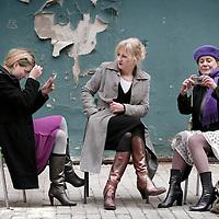 Nederland,Amsterdam ,19 december 2008..De actrices Joke Tjalsma, Beppie Melissen en Aniek (Anniek) Pheifer.The Dutch actresses Joke Tjalsma, Beppie Melissen and Anniek Pheifer