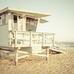 Photo of Lifeguard Tower 16 along the Pacific Ocean at Santa Monica California State Beach. Copyright ⓒ 2017 Paul Velgos with All Rights Reserved.