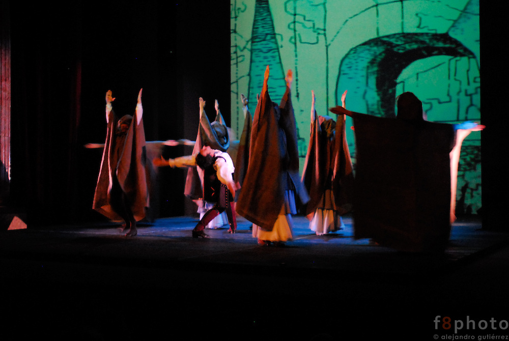 "The Spanish Dance Company ""Ibérica de danza"" during a performance in the First Dance Festival Ibérica Contemporánea, Querétaro, México, 2007"