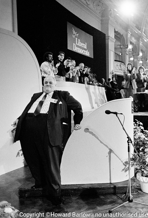 SIR CYRIL SMITH Liberal MP for Rochdale, at the Social and Liberal Democrats Conference in Blackpool 1988.   He once described himself as &lsquo;illegitimate, deprived and poor&rsquo;. One of the most recognised MP&rsquo;s of his generation he was nicknamed &lsquo;Big Cyril&rsquo;. He died in 2010 suffering from cancer and weighing just 10 stone.<br />  Photograph &copy; Howard Barlow