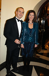 IAN HISLOP and his wife VICTORIA at the 2004 Whitbread Book Awards held at The Brewery, Chiswell Street, London EC1 on 25th January 2005.<br /><br /><br />NON EXCLUSIVE - WORLD RIGHTS