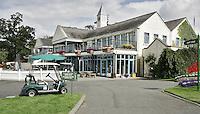 STAFFAN (Ierland) - Het clubhuis van de K CLUB bij Dublin, de golfbaan waar in 2006 de Ryder Cub wordt gespeeld.